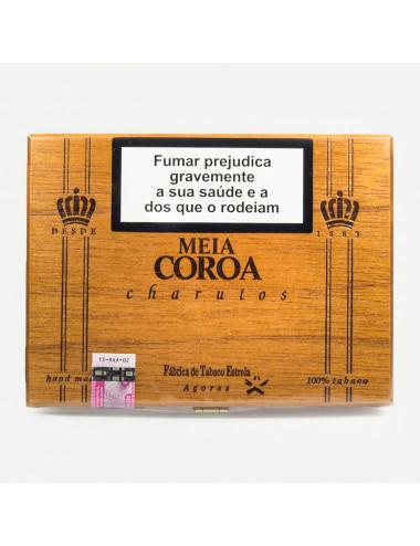 """""""Meia Coroa"""" Cigars"""